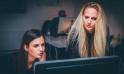 Ženy si v IT méně věří, přitom jsou stejně výkonné jako muži